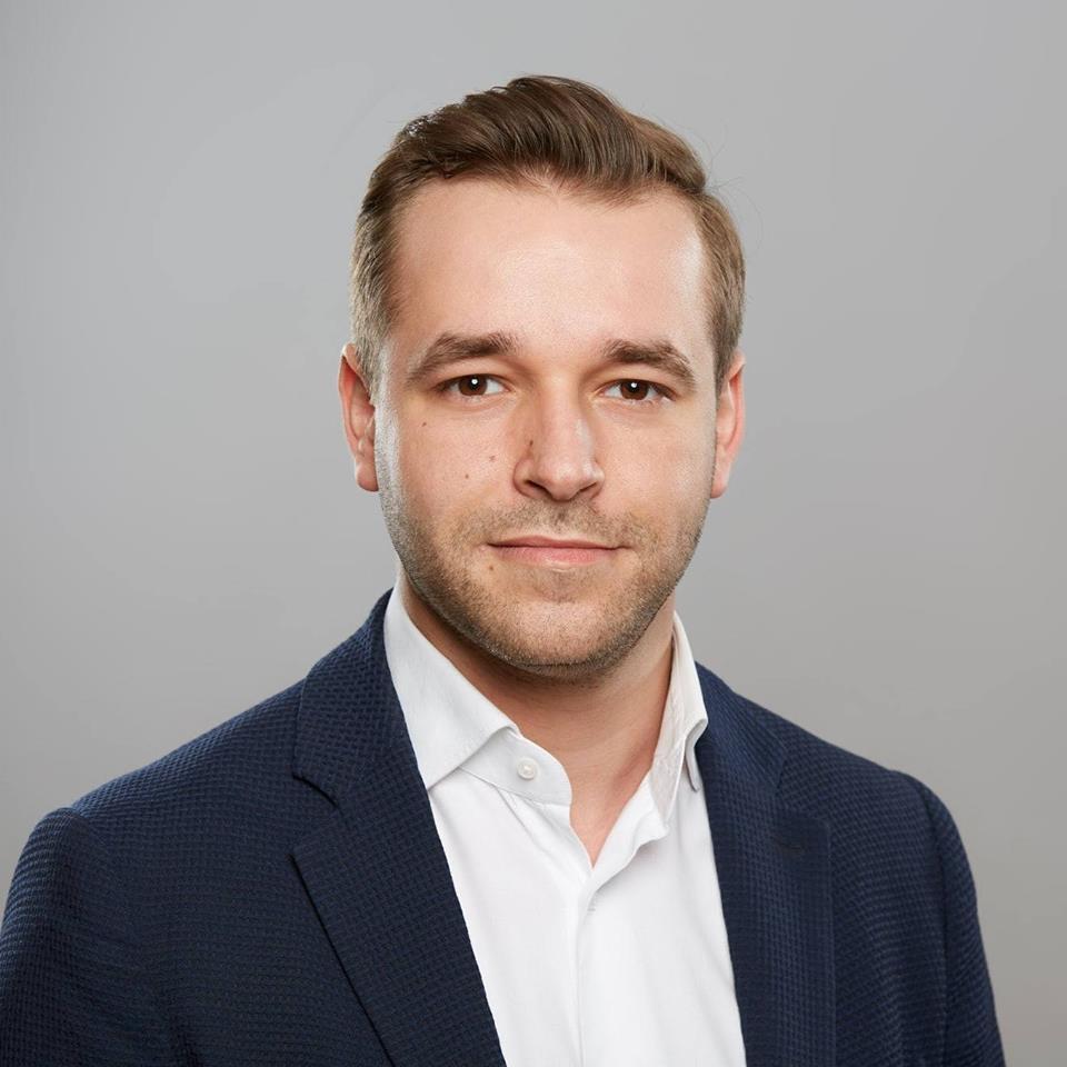 Norbert-Mach_Business_Photo